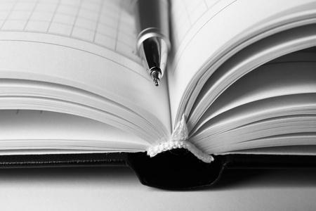 优秀教师评选个人事迹材料范文3篇